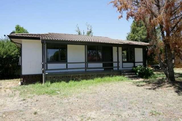 152 Raye Street, Tolland NSW 2650