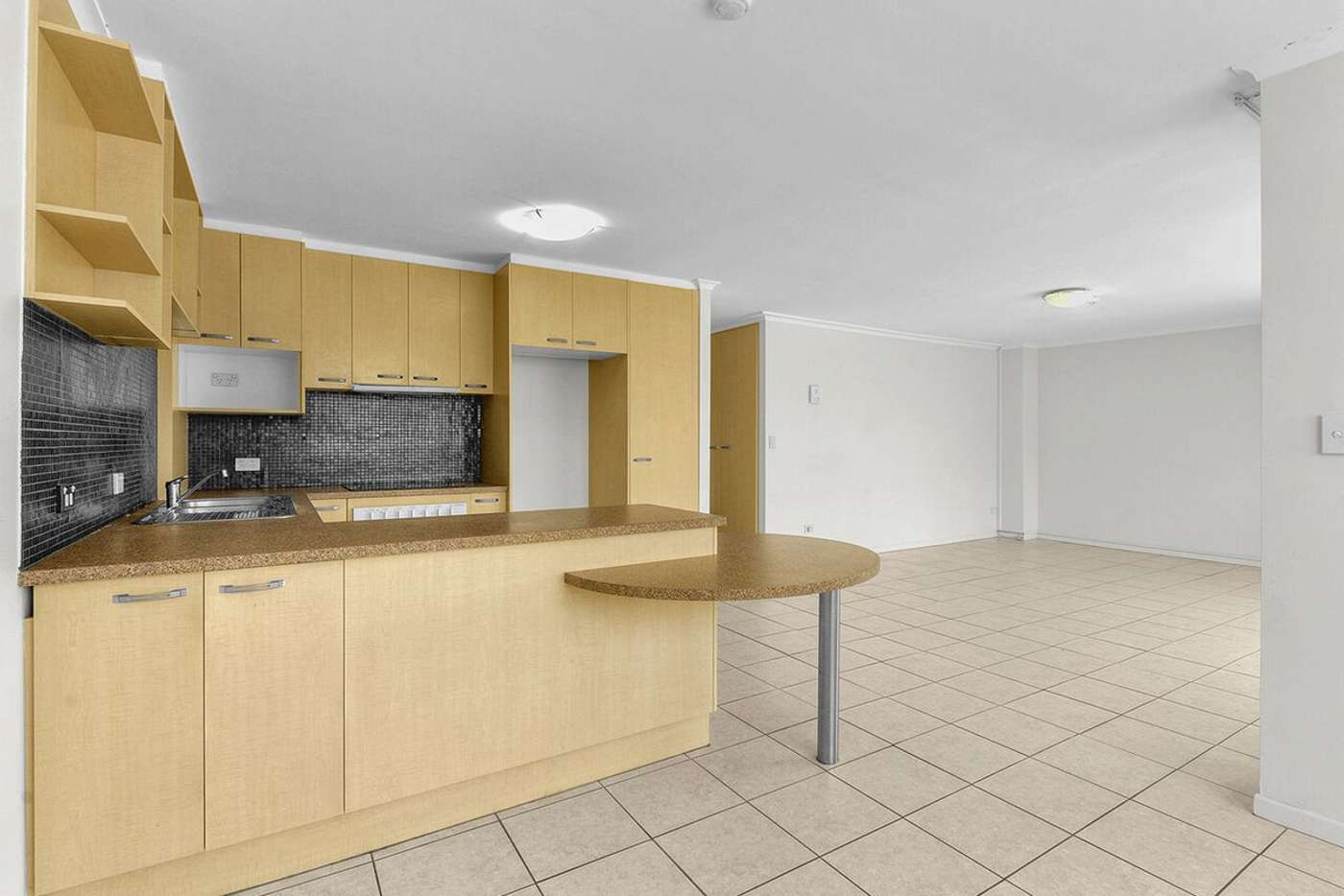 Fifth view of Homely apartment listing, 89 Thorn Street, Kangaroo Point QLD 4169