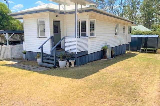 24 Thompson Street, Bundamba QLD 4304