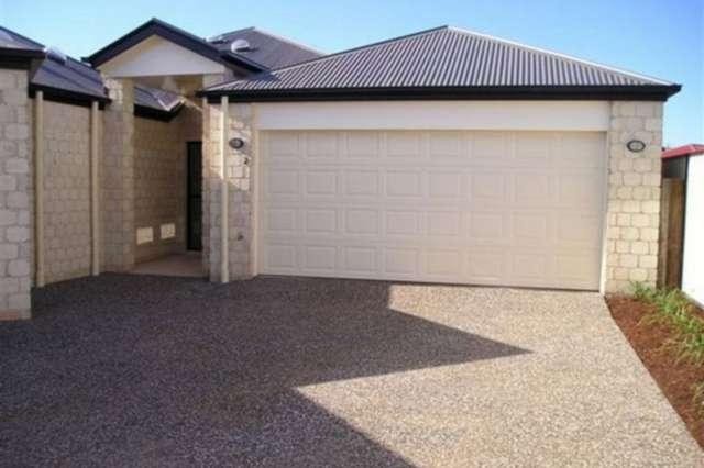 2/3 Lavarack Street, Darling Heights QLD 4350