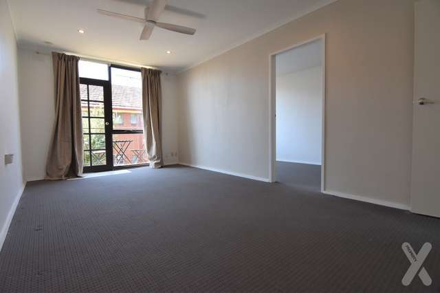 8/19 Empire Street, Footscray VIC 3011