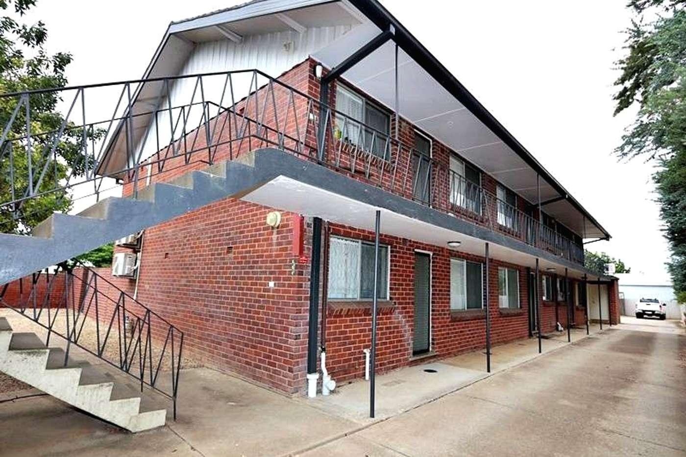 Main view of Homely unit listing, 2/80 Docker Street, Wagga Wagga NSW 2650