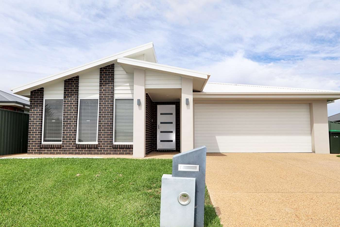 Main view of Homely house listing, 16 Mangrove Crescent, Forest Hill NSW 2651