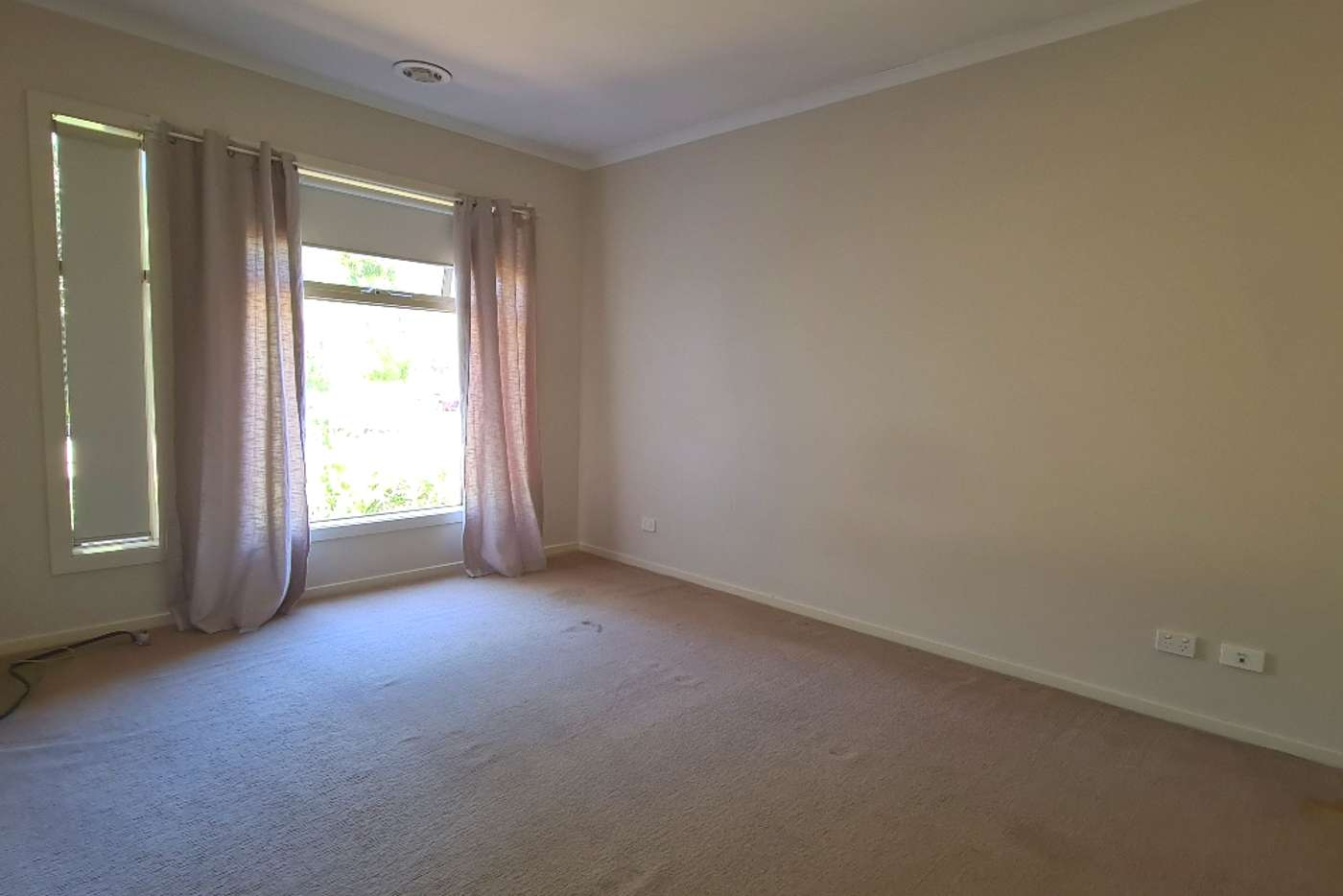 Seventh view of Homely house listing, 1 Darter Court, Lara VIC 3212