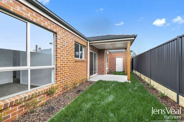1106A Lydiard Street Nth, Ballarat North VIC 3350