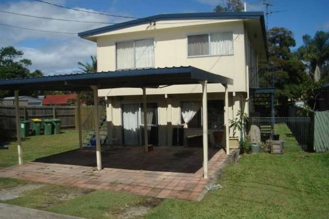 268 Government Road, Labrador QLD 4215