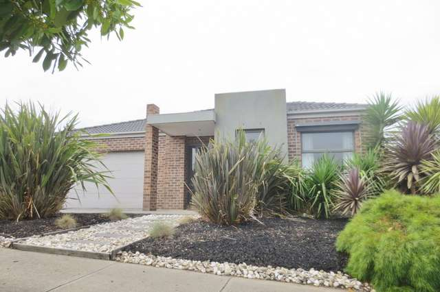 15 Breenview Place, Doreen VIC 3754