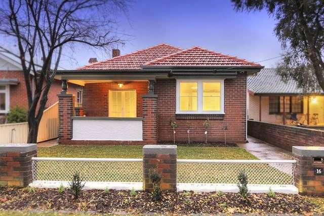 16 Fox Street, Wagga Wagga NSW 2650