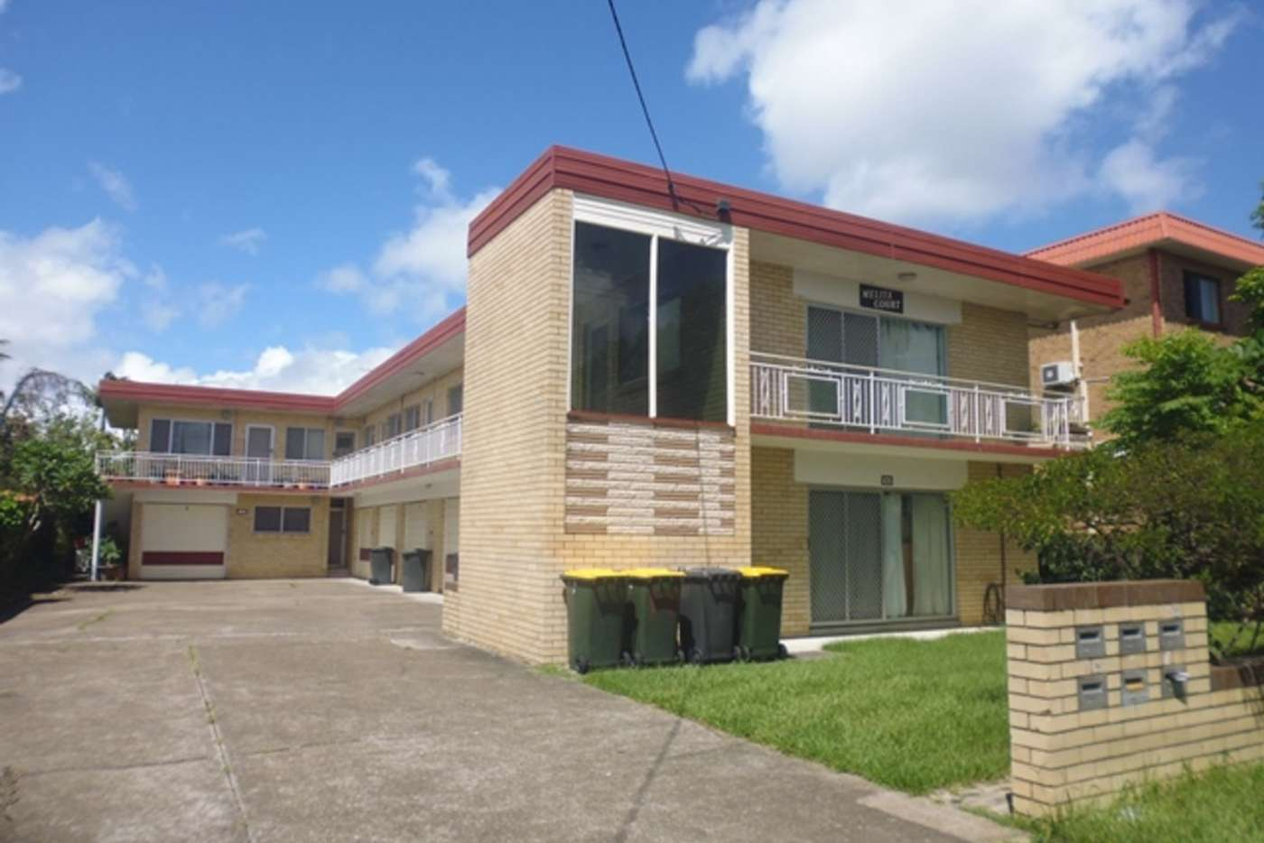 Main view of Homely unit listing, 2/105 Beatrice Terrace, Ascot QLD 4007