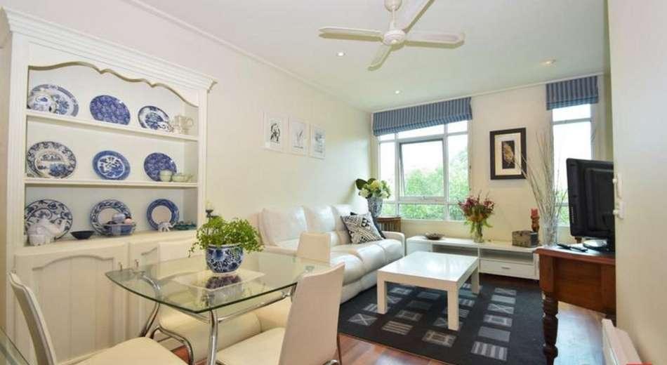 74/1 Graham Street, Port Melbourne VIC 3207