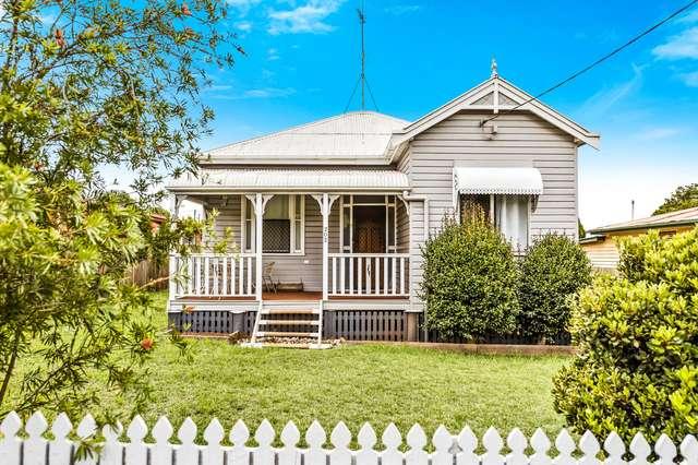 202 Long Street, South Toowoomba QLD 4350