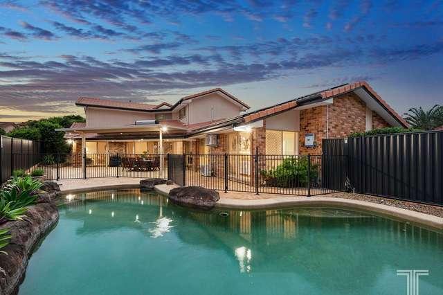 73 Holborn Crescent, Carindale QLD 4152