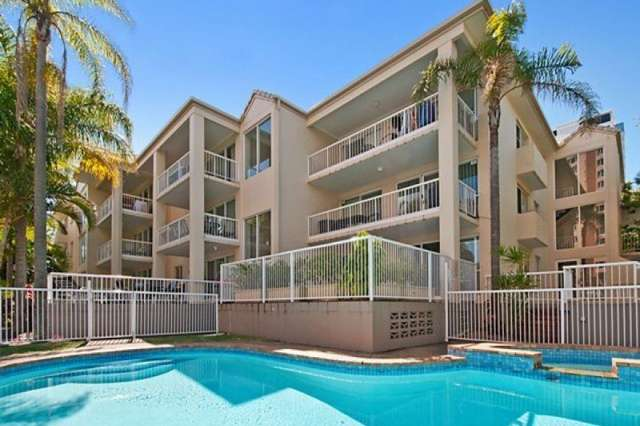 8/25 Federation Avenue, Broadbeach QLD 4218