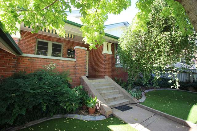7 Young Street, Turvey Park NSW 2650