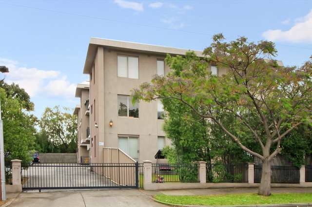 3/34 Whitehall Street, Footscray VIC 3011