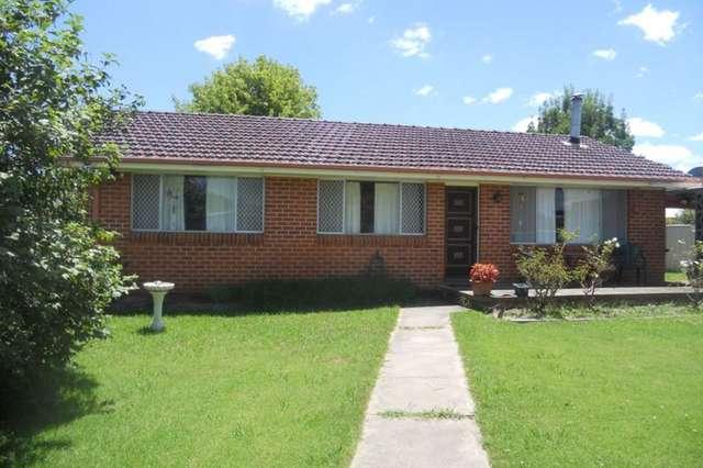 4 Holmes Avenue, Armidale NSW 2350