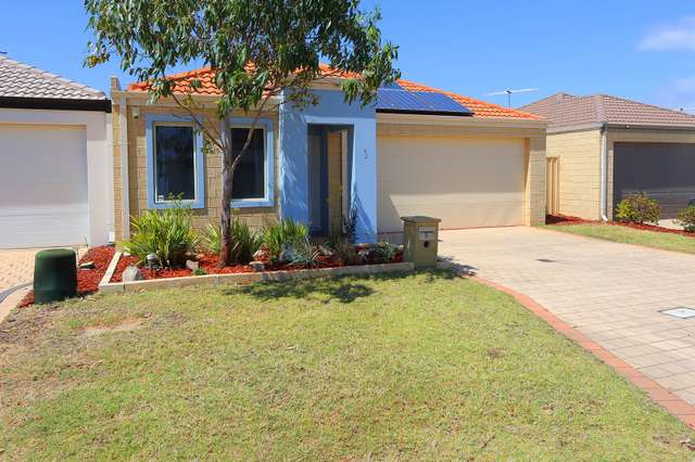 5 Heaney Way, Canning Vale WA 6155