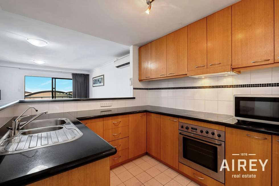 Fourth view of Homely apartment listing, 39/128 Mounts Bay Road, Perth WA 6000