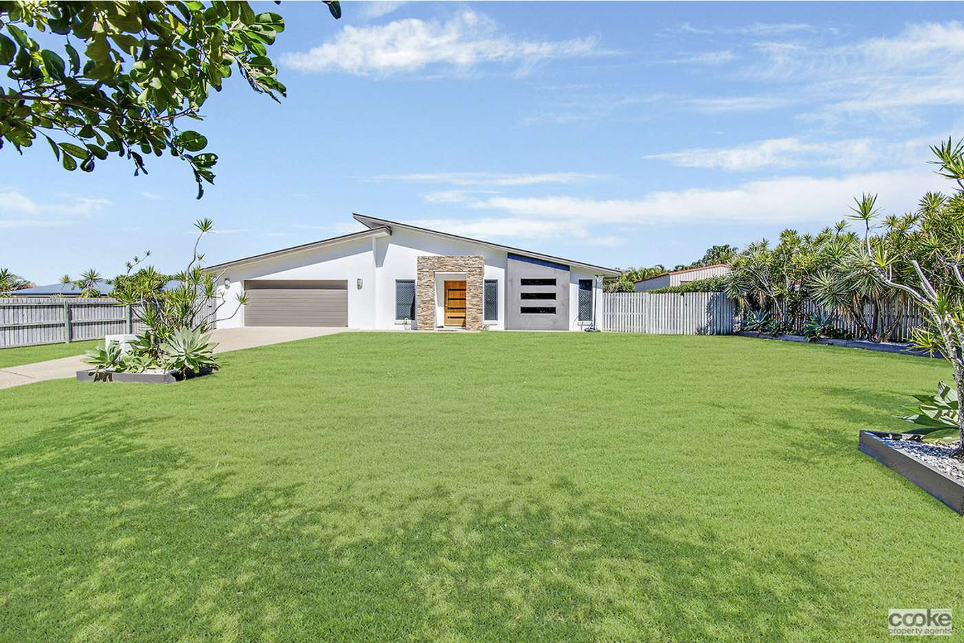 Main view of Homely house listing, 16 Lakeview Circuit, Mulambin QLD 4703