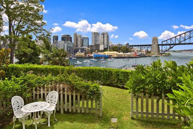 2/15 East Crescent Street, Mcmahons Point NSW 2060