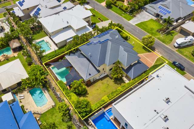 7 Zenith Crescent, Pacific Pines QLD 4211