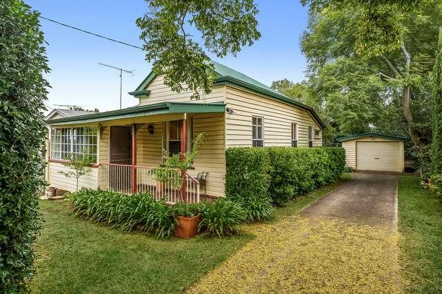 45 Mary Street, Mount Lofty QLD 4350