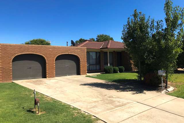 7 Langi Crescent, Glenfield Park NSW 2650