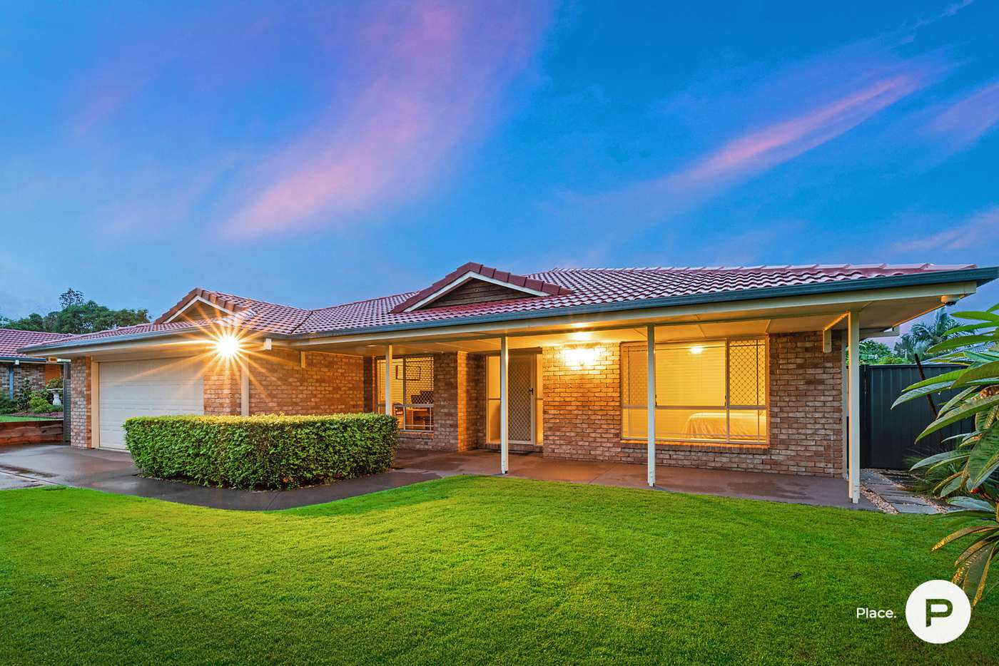 Main view of Homely house listing, 15 Bellfield Crescent, Parkinson QLD 4115
