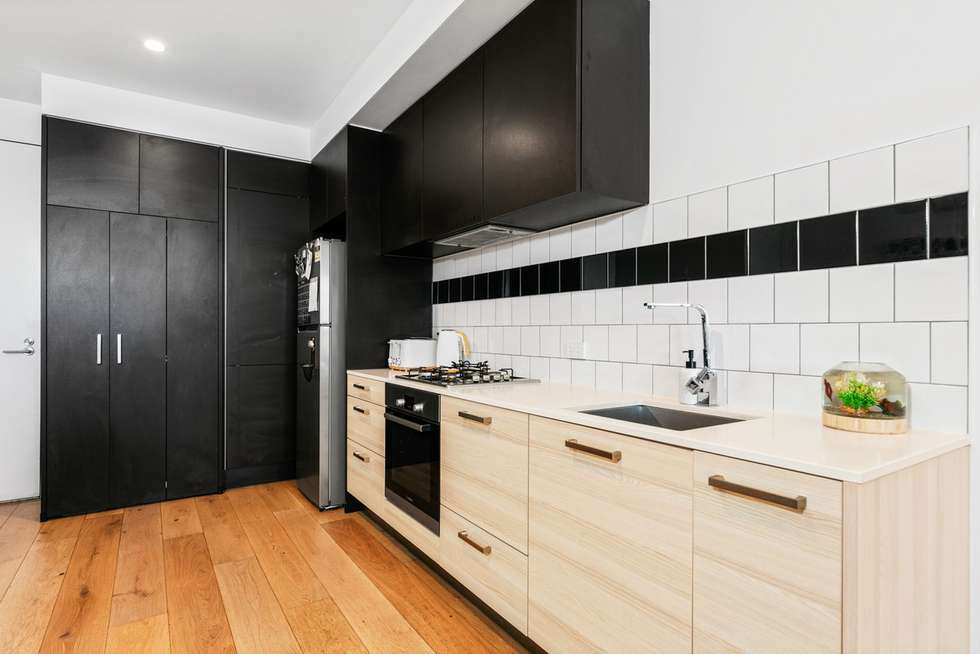 Third view of Homely apartment listing, 6/324 Pascoe Vale Road, Essendon VIC 3040