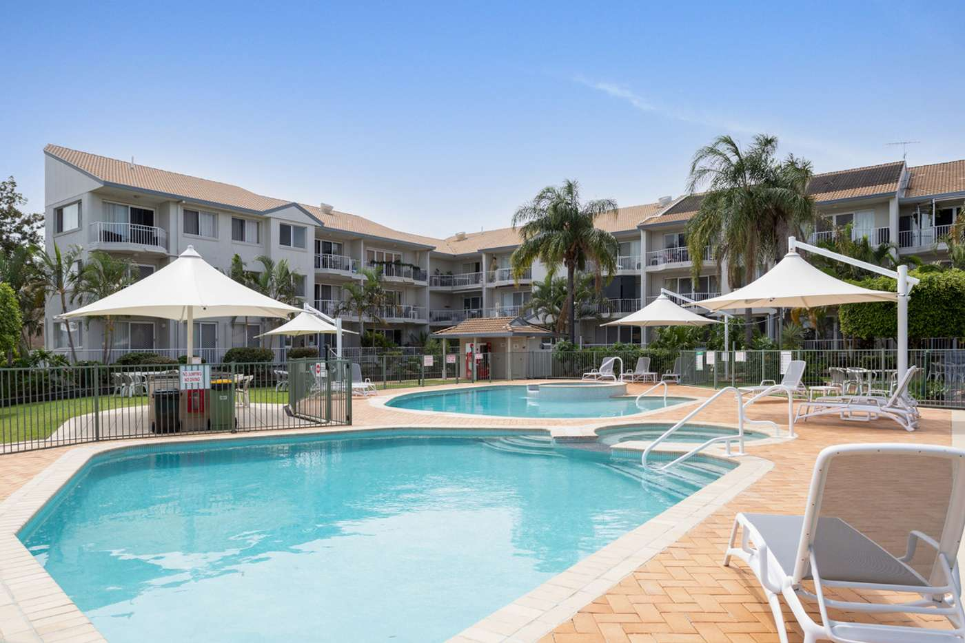 Main view of Homely unit listing, 4/6 Back Street, Biggera Waters QLD 4216