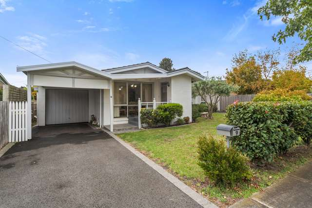 9 Glenmore Court, Seaford VIC 3198
