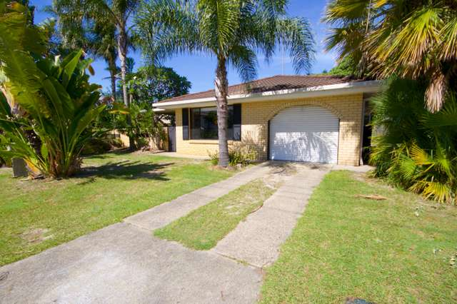 38 Surfers Avenue, Mermaid Waters QLD 4218