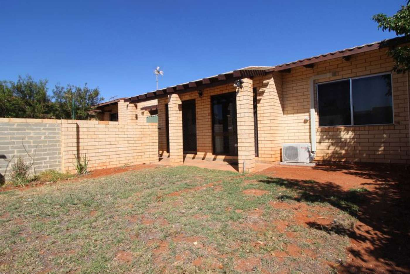 Main view of Homely semiDetached listing, 4 Cowrie Court, Bulgarra WA 6714