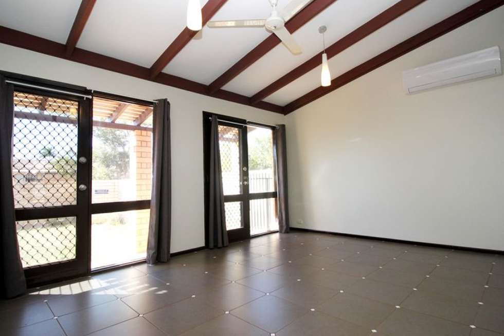 Third view of Homely semiDetached listing, 4 Cowrie Court, Bulgarra WA 6714