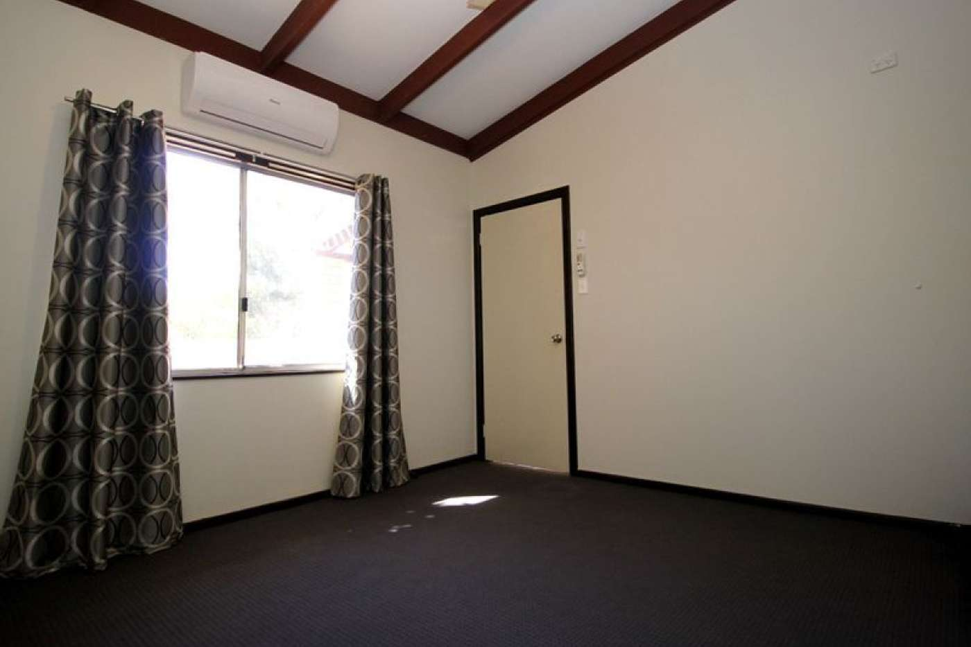 Sixth view of Homely semiDetached listing, 4 Cowrie Court, Bulgarra WA 6714