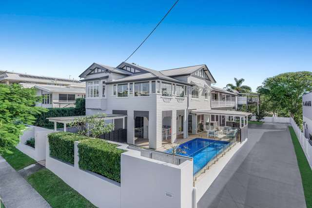 19 Arnold Street, Manly QLD 4179