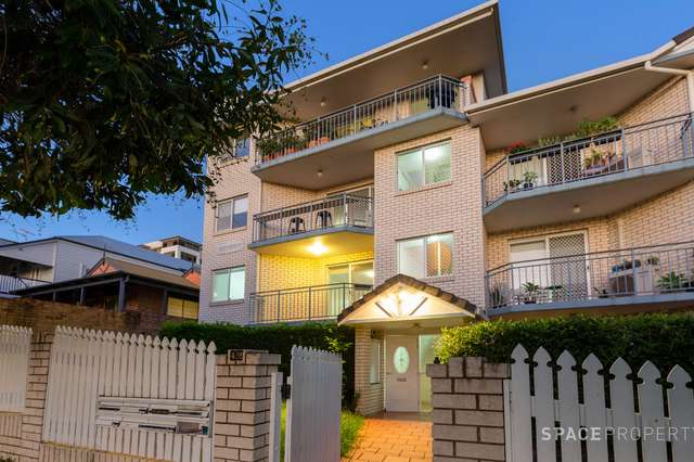 2/42 Whytecliffe Street, Albion QLD 4010