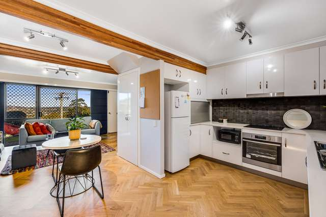18/2 Benjamin Street, Mount Lofty QLD 4350