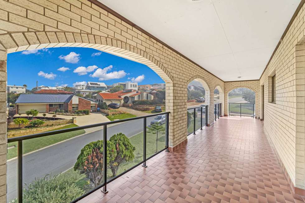 Fifth view of Homely house listing, 2 Charsley Crescent, Marmion WA 6020