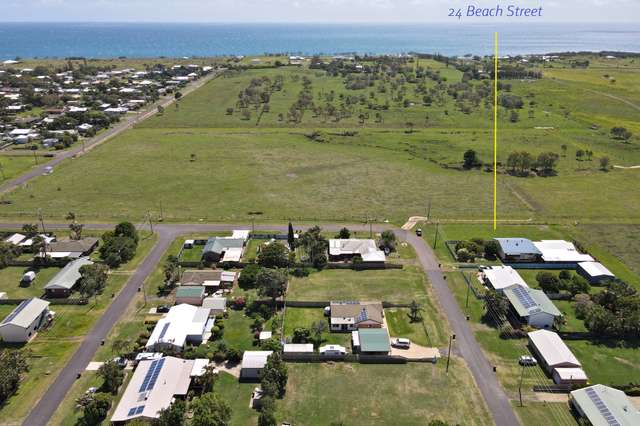 24 Beach Street, Burnett Heads QLD 4670