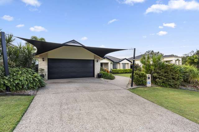 14 Palm Street, Pacific Pines QLD 4211