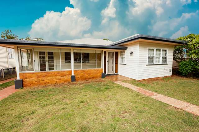 12 Rhyde Street, Mount Lofty QLD 4350