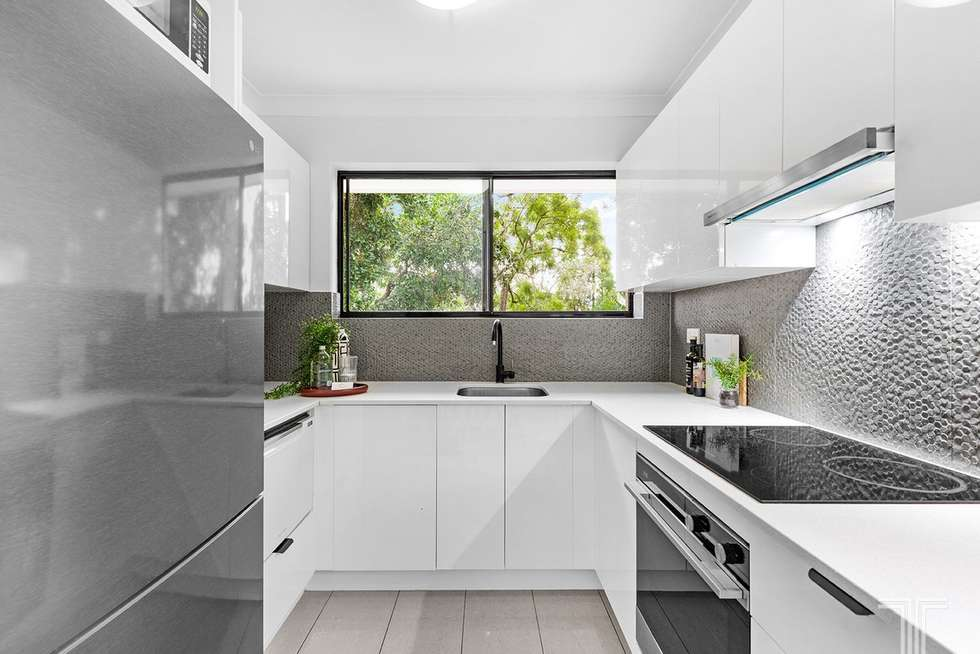 Third view of Homely unit listing, 5/11 Newton Street, Coorparoo QLD 4151
