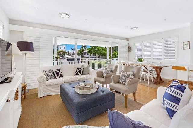 4 Petrel Avenue, Mermaid Beach QLD 4218