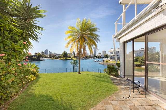 14 Crest View Key, Broadbeach Waters QLD 4218