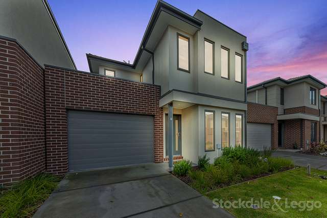 7 Mission Court, Lynbrook VIC 3975
