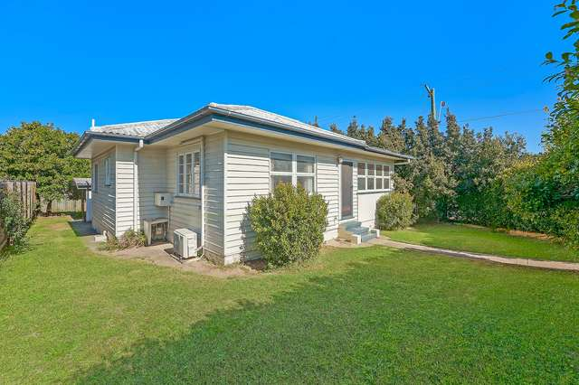 28 Aveling Street, Wavell Heights QLD 4012