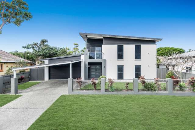 54 Seabreeze Road, Manly West QLD 4179