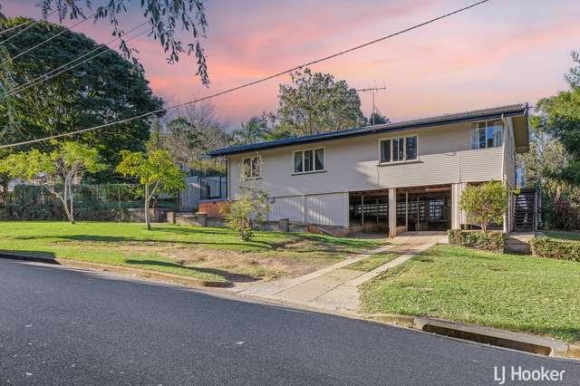 1 Flynn Street, Holland Park West QLD 4121