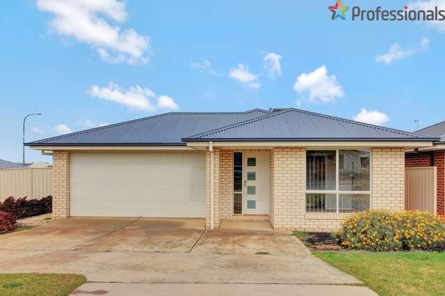 37 Cootamundra Boulevarde, Gobbagombalin NSW 2650